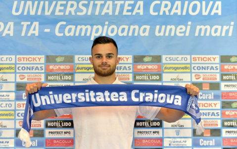 """Bărbuţ, primul transfer al verii pentru olteni: """"Sunt mândru că voi îmbrăca tricoul sfânt al Universităţii Craiova!"""""""