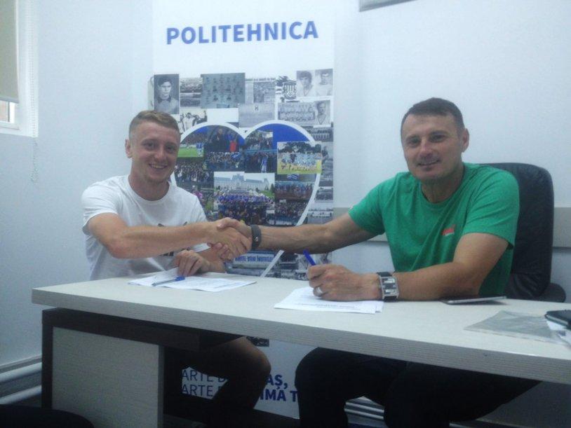 Un nou transfer în Copou. Danu Spătaru a semnat pe doi ani cu CSM Poli Iaşi