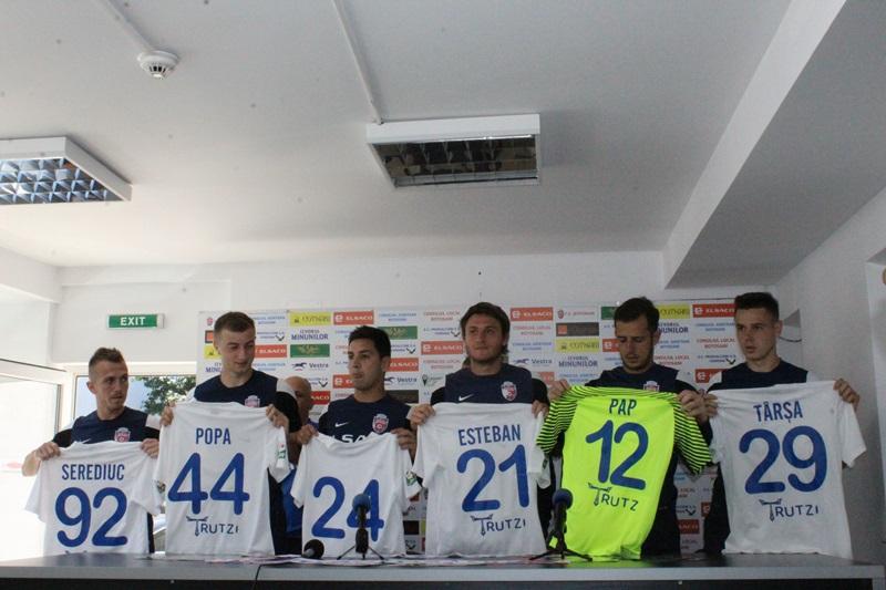 FOTO | FC Botoşani şi-a prezentat achiziţiile din această vară