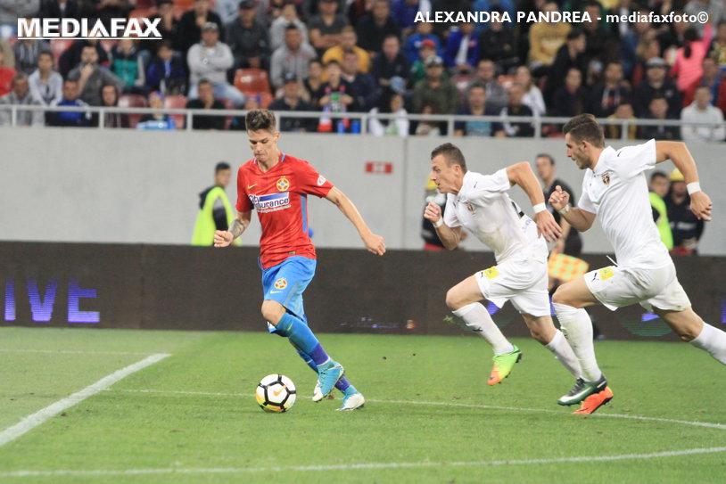 LIVE BLOG | FCSB - FC Voluntari 2-1. VICTORIE la ultima fază! Man a marcat în minutul 90+2 şi a adus trei puncte echipei sale. Dică, ţinut în şah de Niculescu aproape tot meciul