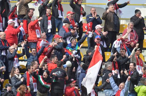 """""""Le-am spus că nu ne pot sta în cale daca fac asta!"""" Mesajul lui Vali Suciu pentru jucători, la pauza meciului Sepsi - Juventus"""