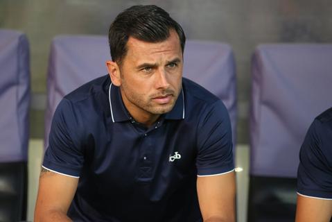 """Dică, supărat pe echipă după 1-0 cu ACS Poli şi cere """"mai mult!"""": """"Suntem Steaua!"""" Ce l-a nemulţumit şi mesajul pentru fani înainte de Plzen"""