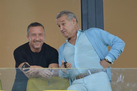 Gigi Becali este aproape de o nouă super lovitură pe piaţa transferurilor şi spune că e aproape să-l ia pe Florinel Coman. Reacţia Viitorului
