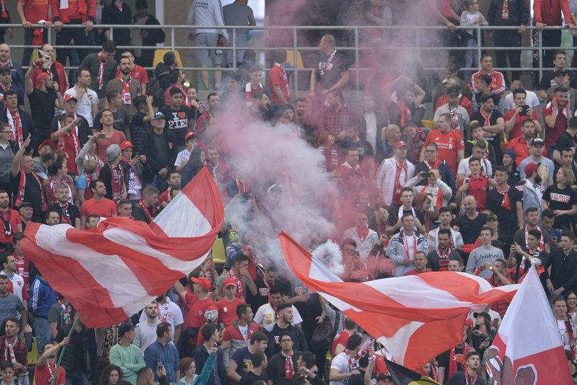"""Bate vântul în """"Groapă""""! Dinamoviştii au reuşit o nouă contraperformanţă în Liga 1! FOTO cu stadionul pustiu din """"Ştefan cel Mare"""""""