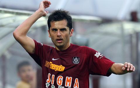 Amintiri de pe frontul opus. Dan Petrescu are 125 de meciuri la Steaua, iar Dică 12 partide la CFR. Actualul antrenor al FCSB a luat eventul cu echipa din Gruia