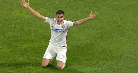 FOTO | Două faze foarte controversate la CFR - FCSB! Gol anulat clujenilor şi penalty cerut insistent de Benzar