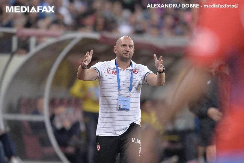 """Bokila, băgat în şedinţă de Miriuţă: """"I-am explicat frumos ce înseamnă Dinamo!"""" Jucătorul care l-a impresionat pe noul antrenor din """"Ştefan cel Mare"""""""