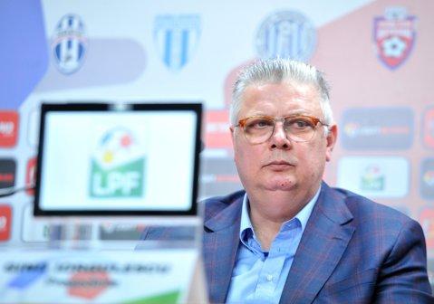 LIVE BLOG Alegeri LPF: Iorgulescu câştigă al doilea mandat în fruntea Ligii învingându-l cu 13-1 pe Drăgoi. Preşedintele reconfirmat neagă implicarea lui Dragnea şi respinge toate ideile cu acelaşi argument: Ar fi bine, dar nu se poate