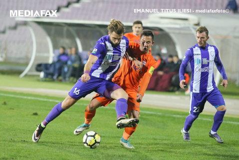 Două super-execuţii în două reprize diferite au decis meciul de la Timişoara! ACS Poli şi FC Botoşani au remizat, scor 1-1, după un final cu o bară a moldovenilor