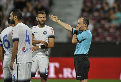 Pe el vor pune presiune Claudiu Niculescu şi Dan Petrescu. Marius Avram va arbitra FC Voluntari - CFR Cluj