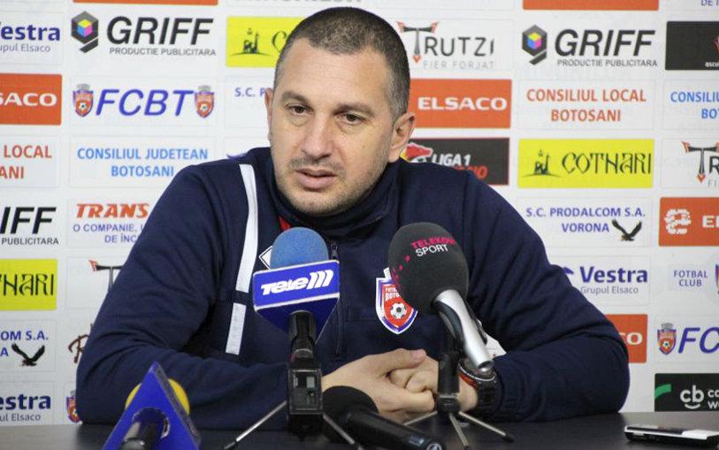 """Enache e încântat de transferurile pe care le-a primit, însă încă e îngrijorat că FC Botoşani poate termina sezonul prost. """"Nu mai avem timp de experimente. Nu suntem siguri de play-off"""""""
