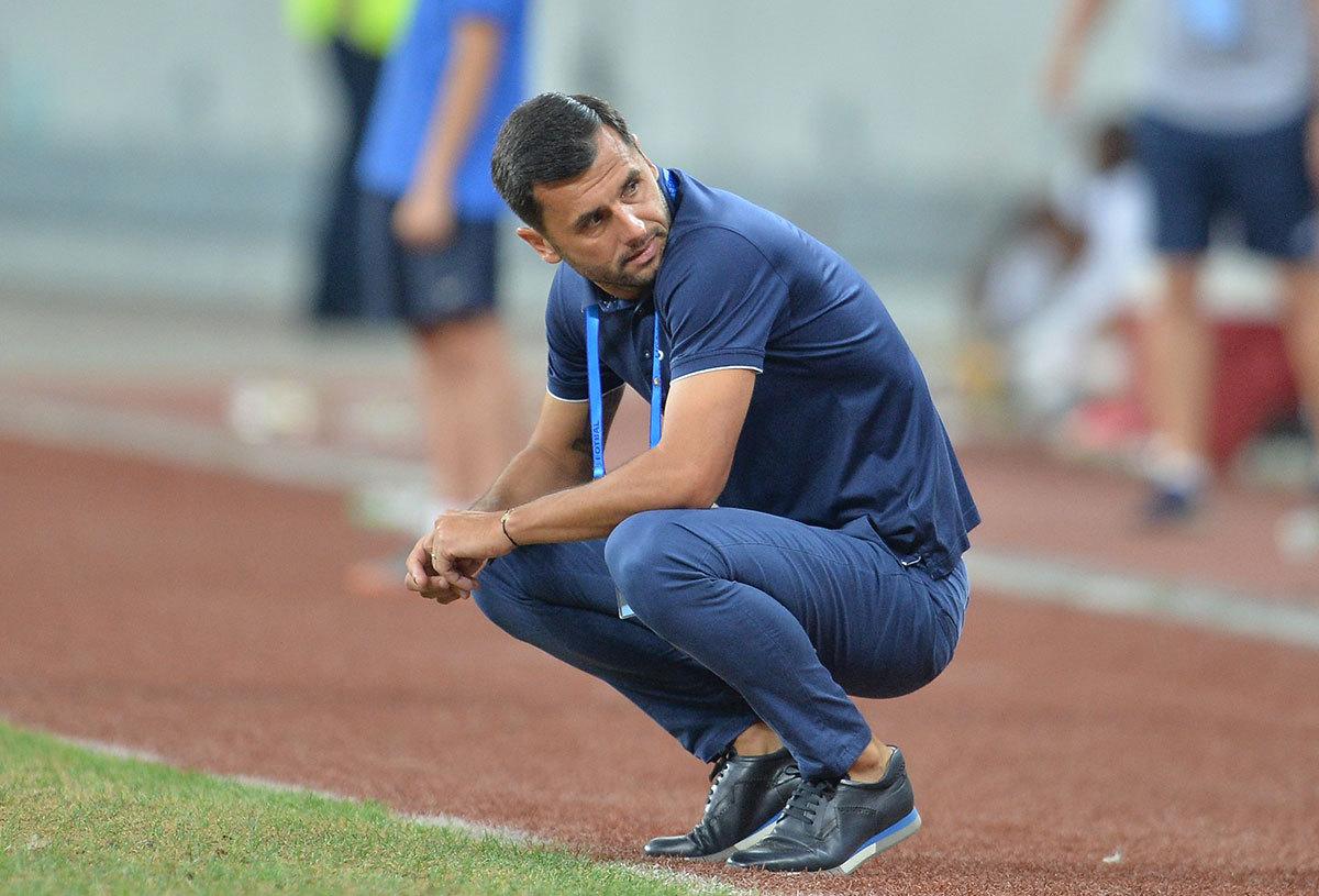 Prestaţii dezastruoase. Nicolae Dică s-a enervat şi i-a scos înainte de pauză pe doi dintre fotbaliştii FCSB. Riscă să treacă peste ordinul lui Becali?