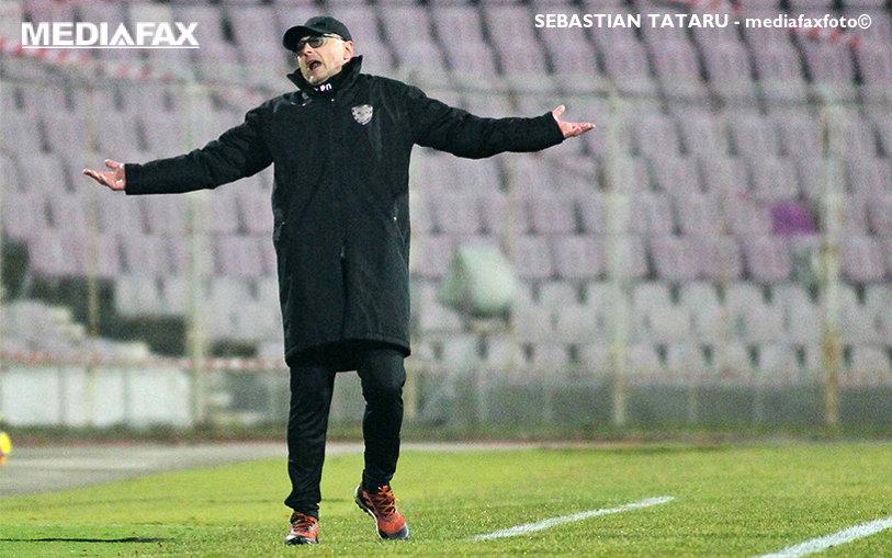"""Grozavu, după debutul cu înfrângere pe banca lui ACS Poli: """"Am făcut foarte multe greşeli! E cel puţin copilărie ce s-a întâmplat pe teren"""""""