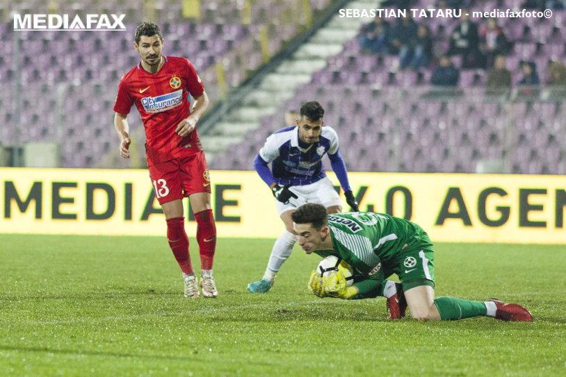 Pintilii, fericit că FCSB a obţinut un punct pe teren propriu cu CFR. Mijlocaşul a recunoscut că Andrei Vlad are parte de un tratament special în cadrul echipei