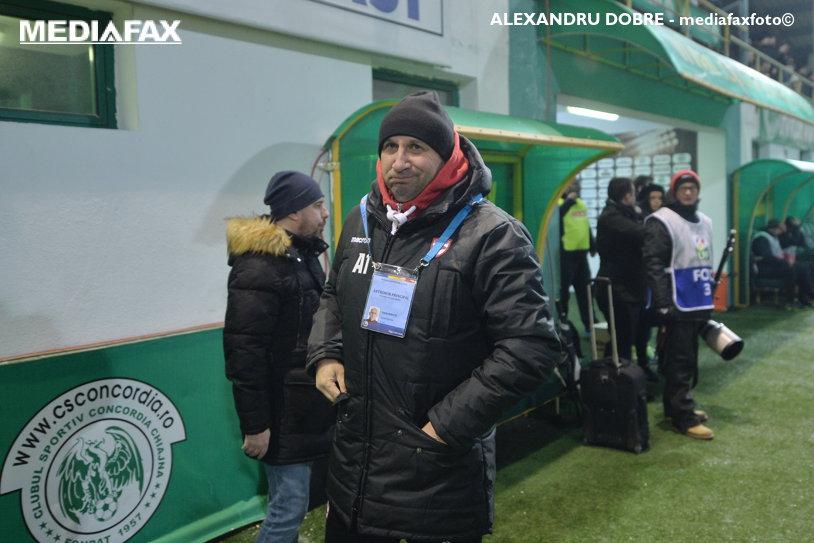 """N-a glumit. Miriuţă ar fi plecat de la Dinamo dacă nu bătea Chiajna: """"Când iau o decizie, nu mă poate întoarce nimeni!"""". Laude pentru un fotbalist de la FCSB înainte de derby: """"Mă uit la meciurile lor doar când joacă el"""""""