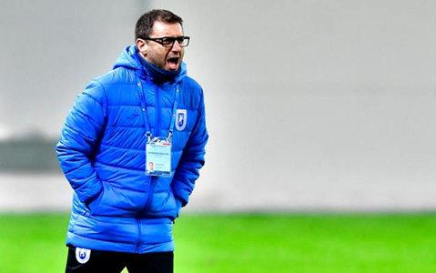 """Mangia mai vrea jucători: """"Avem două posturi neacoperite"""". Italianul face o comparaţie între Bic şi Bărbuţ"""