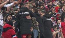 Torje şi Nistor cântau alături de fani înainte de golul lui Teixeira. VIDEO | Cum s-a reacţionat când mingea trimisă de portughez a intrat în poartă