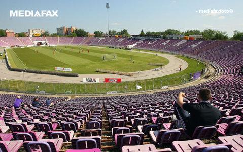 http://storage0.dms.mpinteractiv.ro/media/401/581/7946/17030055/1/stadion-dan-paltinisanu-gol01.jpg