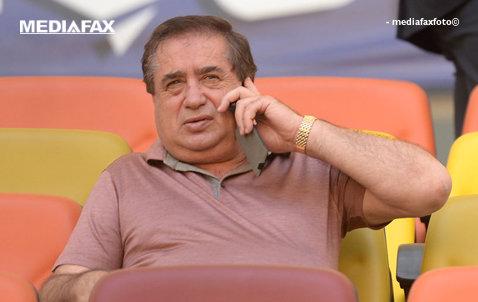 """Totul pentru o victorie cu Dinamo! Ioan Nicule a mers în vestiarul Astrei cu două scopuri clare: o cerinţă pentru Edi Iordănescu şi primă pentru meciul capital pentru """"câini"""". Cât a pus pe masă cel mai bogat patron din Liga 1"""