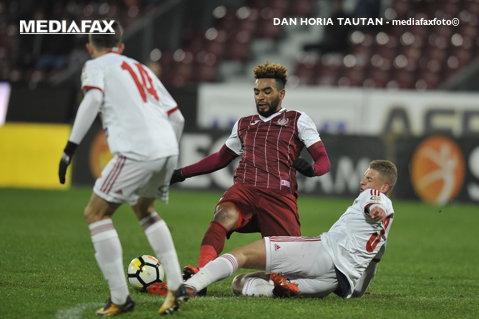"""Două gafe, două goluri. CFR a învins Juventus, cu 2-0, liderul speculând fiecare gafă defensivă a """"lanternei"""". Ioniţă, la primul gol"""