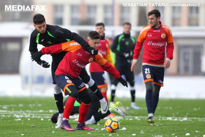 "ACS Poli a câştigat un amical jucat cu Ripensia. Grozavu a dat ""milităria"" jos din pod"