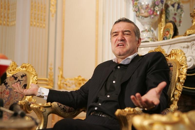 """Gigi Becali a izbucnit şi l-a făcut praf pe Dan Petrescu: """"El înjură de morţi şi de familie, nu s-a mai pomenit un om atât de obraznic. Ia pleacă, bă, din România!"""""""