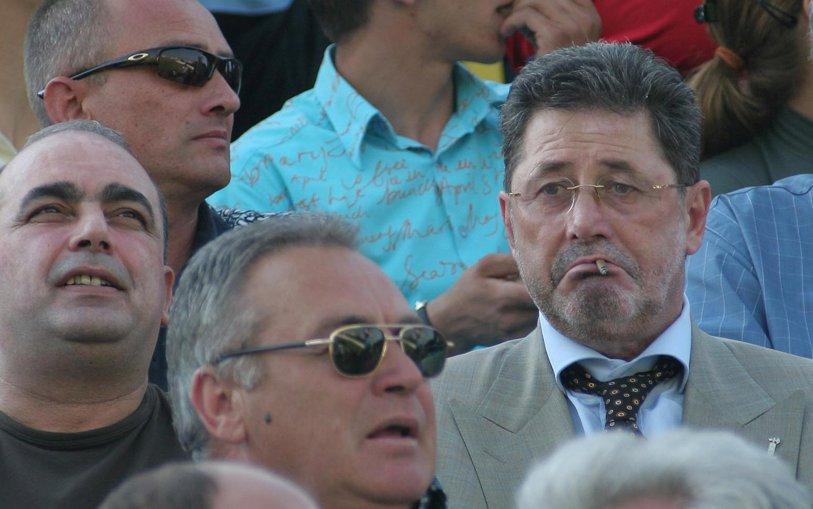 """Cornel Dinu şi-a găsit un nou """"client"""" la Dinamo! L-a criticat pentru munca depusă şi a susţinut că """"a preferat şuetele prin spate şi să stea la cafele!"""""""