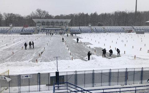 Meciul CSM Poli Iaşi - Astra, în pericol! Ninge puternic şi viscolul s-a înteţit. EXCLUSIV | Reacţia LPF