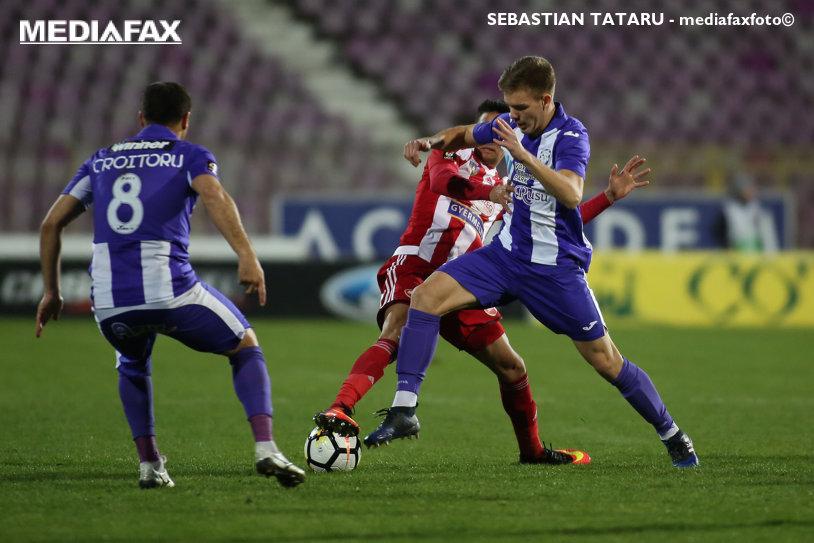 """Egal care nu """"mântuieşte"""" nicio echipă. ACS Poli şi Sepsi au remizat, 2-2, iar Răzvan Raţ a debutat cu eliminare"""