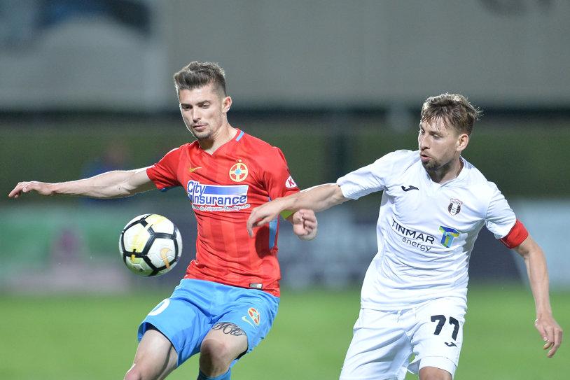 LIVE BLOG | Astra - FCSB 0-3. Vicecampioana revine pe primul loc după o prestaţie solidă la Giurgiu. Pintilii a marcat un gol de generic, Bălgrădean a apărat un penalty