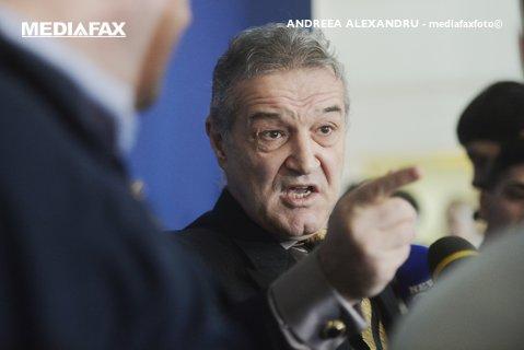 """Becali, furios după ce FCSB riscă depunctarea! Reacţia finanţatorul FCSB la plângerea făcută de CFR: """"Eu nu văd jignirea. Le e ruşine că-s unguri?"""""""