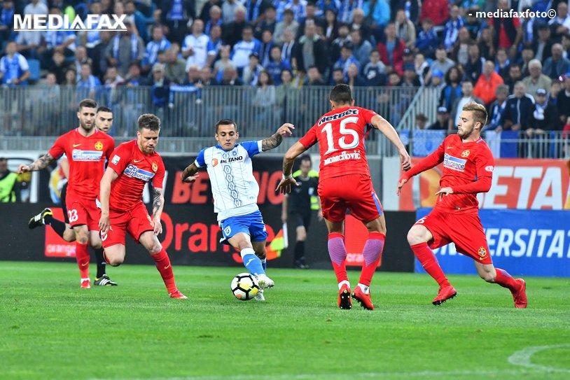 """LIVE BLOG   CS U Craiova - FCSB 0-1. Teixeira a dat lovitura în minutul 86 şi vicecampioana speră la titlu! Prima înfrângere a oltenilor pe noul """"Oblemenco"""". Pintilii şi Morais au fost eliminaţi"""