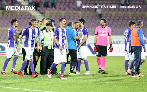 """Tot mai puţini """"gladiatori"""" pentru Adrian Neaga. ACS Poli are mari probleme de lot pentru partida cu FC Botoşani, decisivă pentru menţinerea în Liga 1. """"Vedem câţi vom fi"""""""