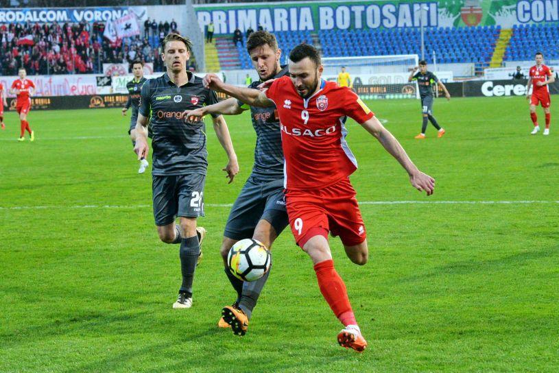 """Dinamo, a treia lovitură! După Penedo şi Katsikas, """"câinii"""" au mutat şi-n atac"""