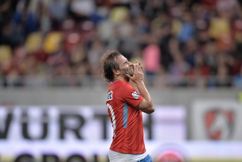 Numele - surpriză de la reunirea FCSB! Jucătorul care-l înlocuieşte pe Teixeira dacă portughezul nu-şi prelungeşte contractul