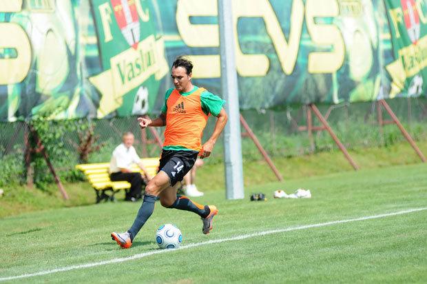 FC Vaslui a renunţat la Rivas şi Campano