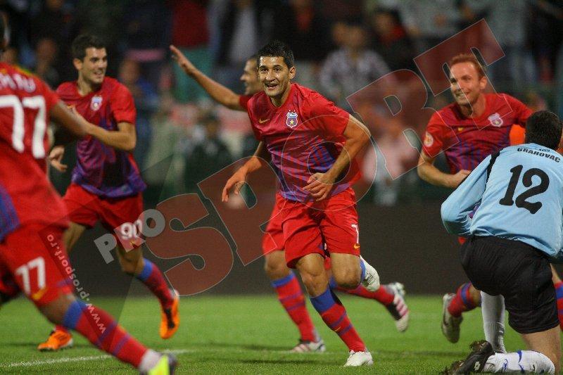 Victorie la debut pentru Ilie Stan: Steaua-Oţelul 2-1! Fl. Costea, eroul roş-albaştrilor