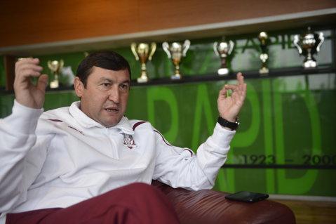 """Furie. Moldovan cere falimentul Rapidului după ce Moraru nu i-a plătit 65.000 de euro: """"Ţi-am adus 1.000.000 de euro şi tu îmi ataci contractul? Nu fi, mă, şulfă, nu fi pervers! De-al dracu' merg până în pânzele albe!"""""""