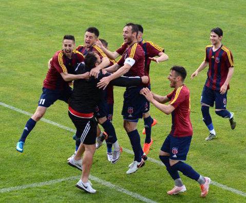 """Fost antrenor cu portarii la Steaua, Marius Popa a promovat Luceafărul Oradea ca principal, dar renunţă la meseria de A1: """"Nu e de mine. Ce e prea mult, strică"""""""