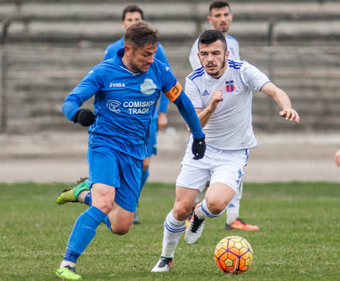 Pandurii şi ASA Târgu Mureş se întăresc cu câte un jucător de la aceeaşi echipă din Liga 2