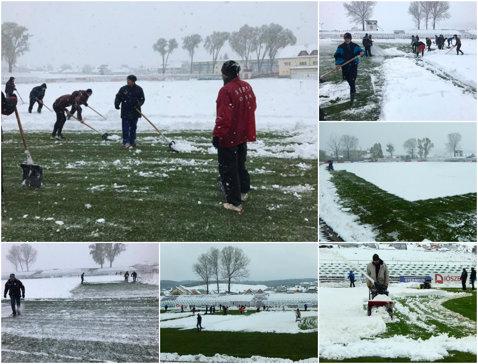 A nins ca în poveşti la Sfântu Gheorghe. Meciul Sepsi OSK - ASU Poli a fost la un pas să nu se joace din cauza zăpezii căzute în centrul ţării în miez de primăvară   FOTO