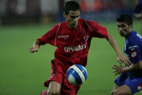 ASU Poli negociază cu un fundaş pus pe liber de CFR Cluj şi un fost mijlocaş de la Dinamo