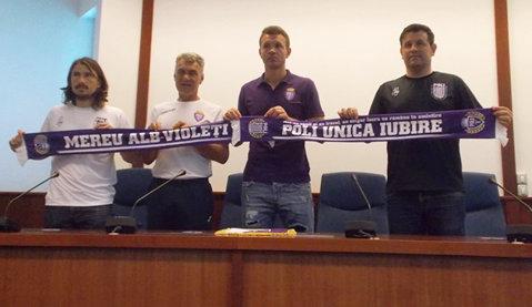 """Meci eveniment la Timişoara. ASU Politehnica îşi face încălzirea cu generaţia 2002-2003 de la Poli AEK înainte de marele derby cu UTA. """"Atmosferă ca aici nu era nicărieri, nici în Ucraina"""""""