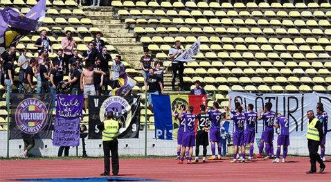 """Săndoi vrea FC Argeş pe locul 3, chiar dacă nu are drept de promovare. """"Nu ştiu dacă înseamnă sau nu un baraj. Îmi rezerv dreptul de a spune nu ştiu. Ar fi o bilă albă pentru jucători"""""""