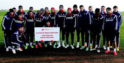 Mesaj din Premier League pentru Sergiu Iorgovan. Pantilimon şi coechipierii săi de la Sunderland sunt alături de jucătorul lui ASU Poli
