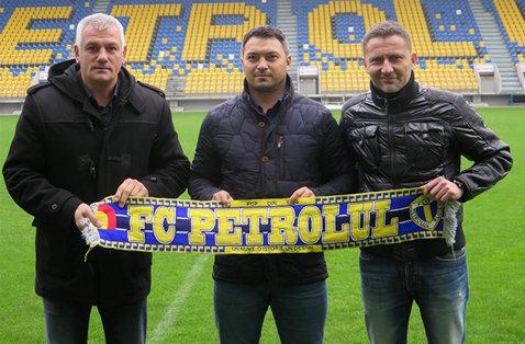 """OFICIAL   Petrolul şi-a prezentat noul antrenor. """"Sunt decis să muncesc cum ştiu mai bine pentru două promovări succesive"""". Mesajul către suporteri"""