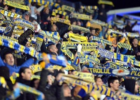 Petrolul a pus în vânzare biletele pentru meciul cu Steaua. 35 de lei, cel mai ieftin tichet
