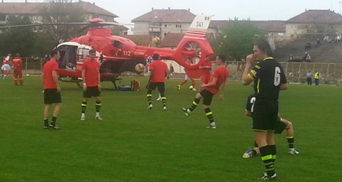 S-a întâmplat azi în România. S-au trezit cu elicopterul pe teren, chiar înainte să înceapă meciul. Motivul nu are legătură cu fotbalul: Ce s-a întâmplat va ajunge pe prima pagină în toată lumea