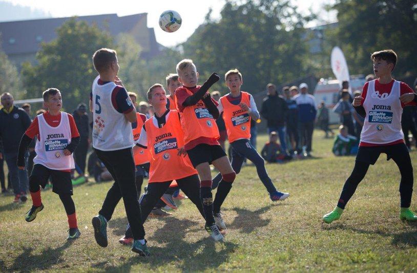 Scouterii FRF au descoperit doi fotbalişti de viitor la o selecţie la care au participat 600 de copii