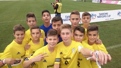 Câştigătorii Cupei Hagi Danone, urmăriţi pe Stade de France de Matuidi, Kluivert şi Simao